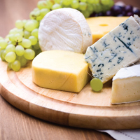 Normandy 5 Piece Cheese Set / Cutting Board