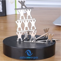 Magnetic Sculpture Desk Toys - 13 Small People & 8 Metal Bar