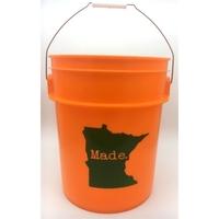 5 Gallon Plastic Bucket w/ Handle