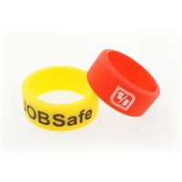 Fingerband w/Debossed Logo