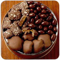 28 oz. Peanut Clusters/Deluxe Mix Nuts Gift Tin