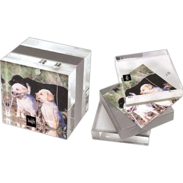 "Item #AD-1513 2 3/4"" x 2 3/4"" Magnetic acrylic photo frame"